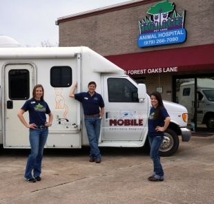 The Mobile Vet Team Mary Moritz, Dr. Jason Suazo, Brittaney Pate